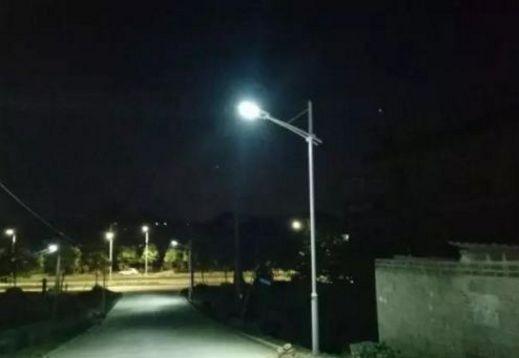双阳投入150万元安装智能路灯 解决 街巷黑问题蒸炒锅
